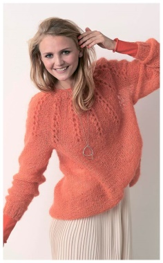 SWEATER WITH A PATTERN FROM THE PROSHV ON THE YOKE