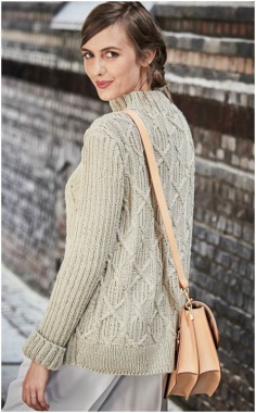 STANDARD COLLAR LONG KNITTED SWEATER
