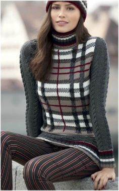 SWEATER WITH A PATTERN