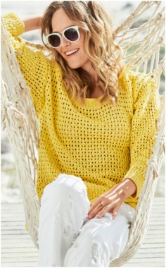 KNITTING YELLOW SWEATER