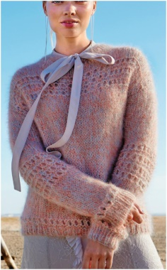 STYLE SWEATER WITH RIBBON DETAIL
