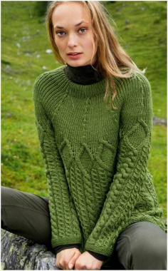 SWEATER WITH ELASTIC YOKE