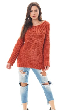 PULLOVER WITH A YOKE OF LACE BRAIDS