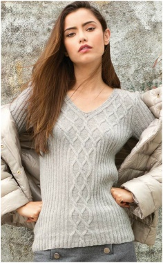 PULLOVER WITH A PATTERN