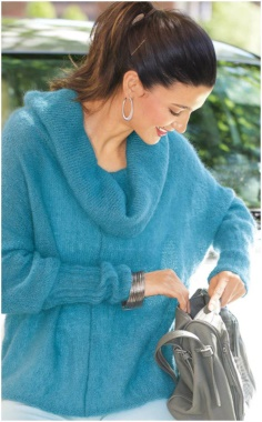 LOOSE TURQUOISE BAT SLEEVE SWEATER